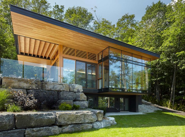 Modern Muskoka Cottage Design Trevor McIvor Architect Inc